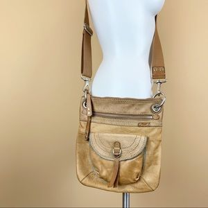 Fossil vintage distressed crossbody leather bag